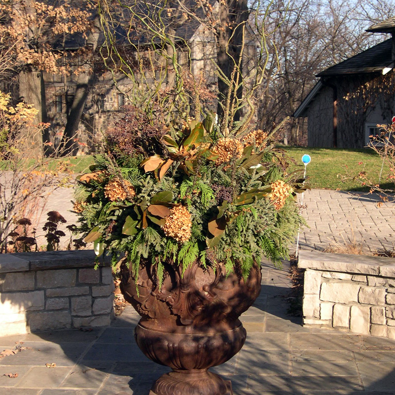 Outdoor Fall Planter Ideas http://phillipsgarden.wordpress.com/2008/10/06/our-fall-services/