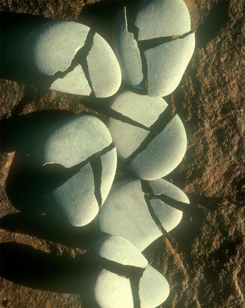 ag_brokenrocks1